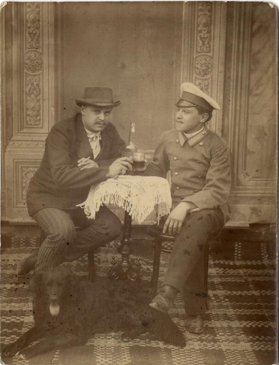 Купцы Белоголовые. Иван Аполлонович с братом. 1910-е