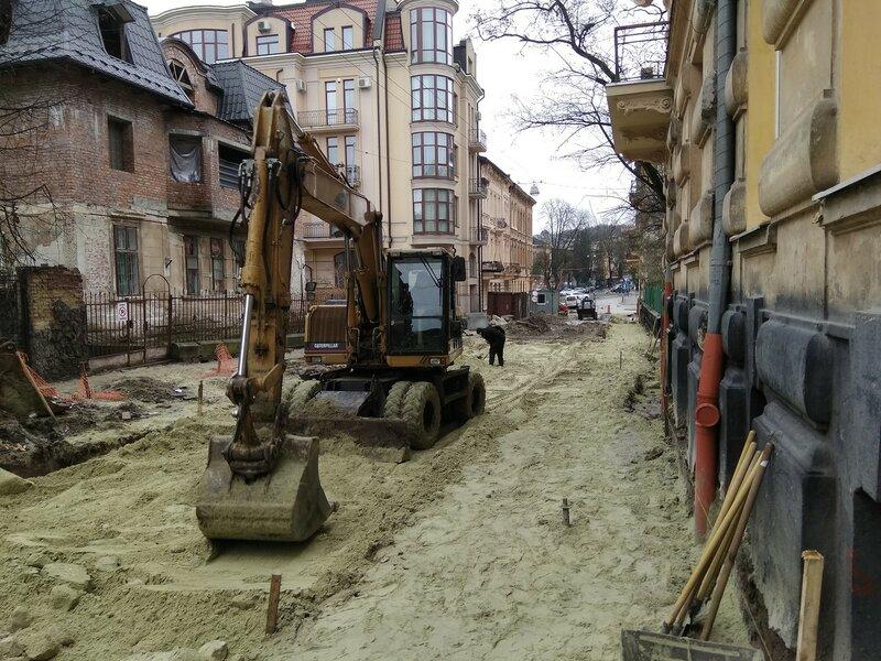 Львов, ремонт на улице Рутковича