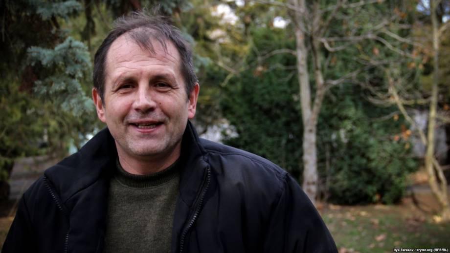 Адвокат об обмене Балуха: для него очень важно оставаться в Крыму через маму