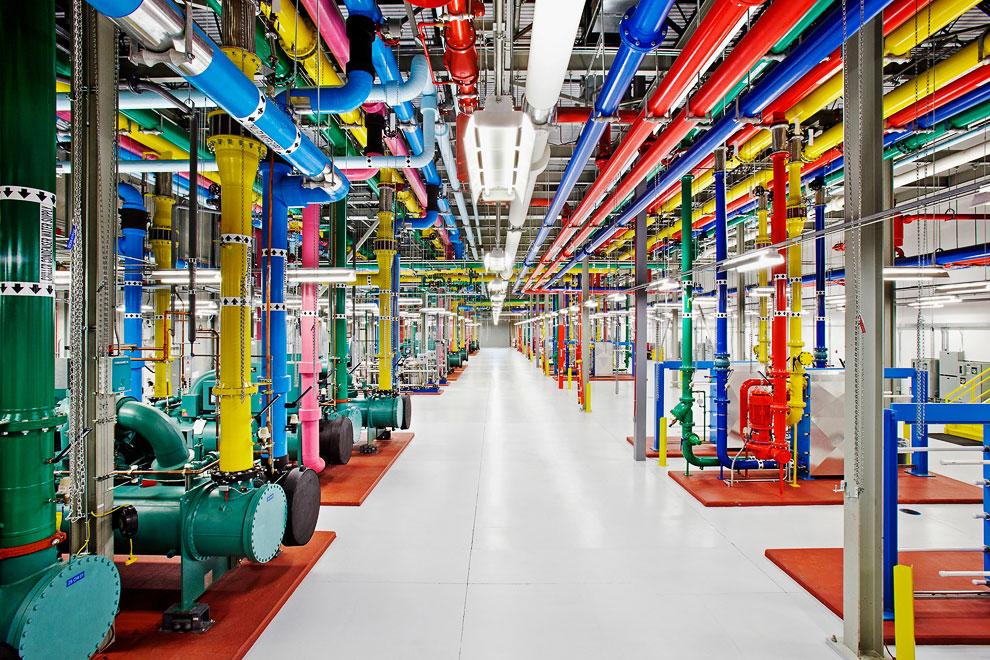 9. Дата-центр  в Оклахоме, США . «Вот что находится сзади наших серверов. Сотни венти
