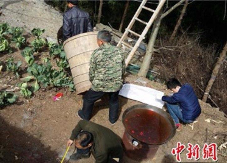 За что китаянку сварили заживо? (1 фото) 18+