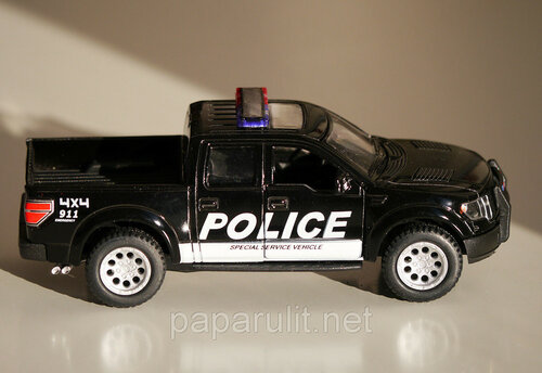 Kinsmart 2013 Ford F-150 SVT Raptor SuperCrew Police кенгурятник