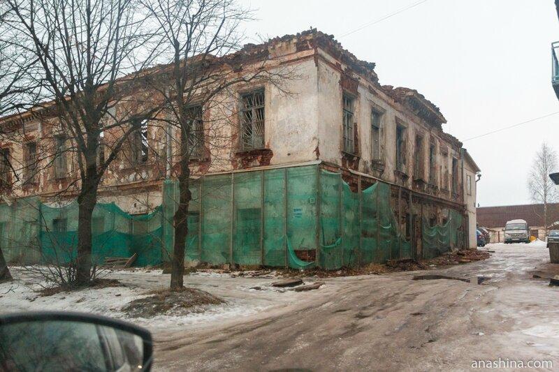 Руины старинного дома, Вытегра