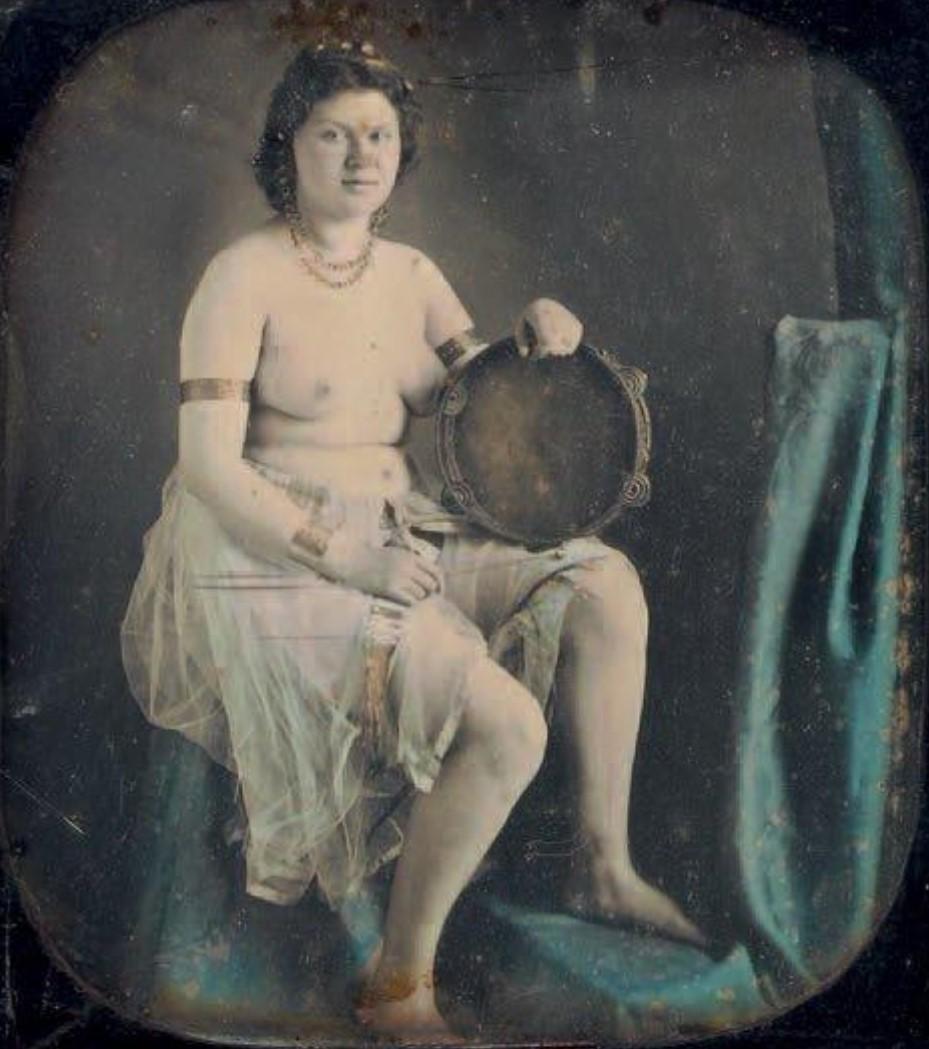 1855-1860. Обнаженная с бубном