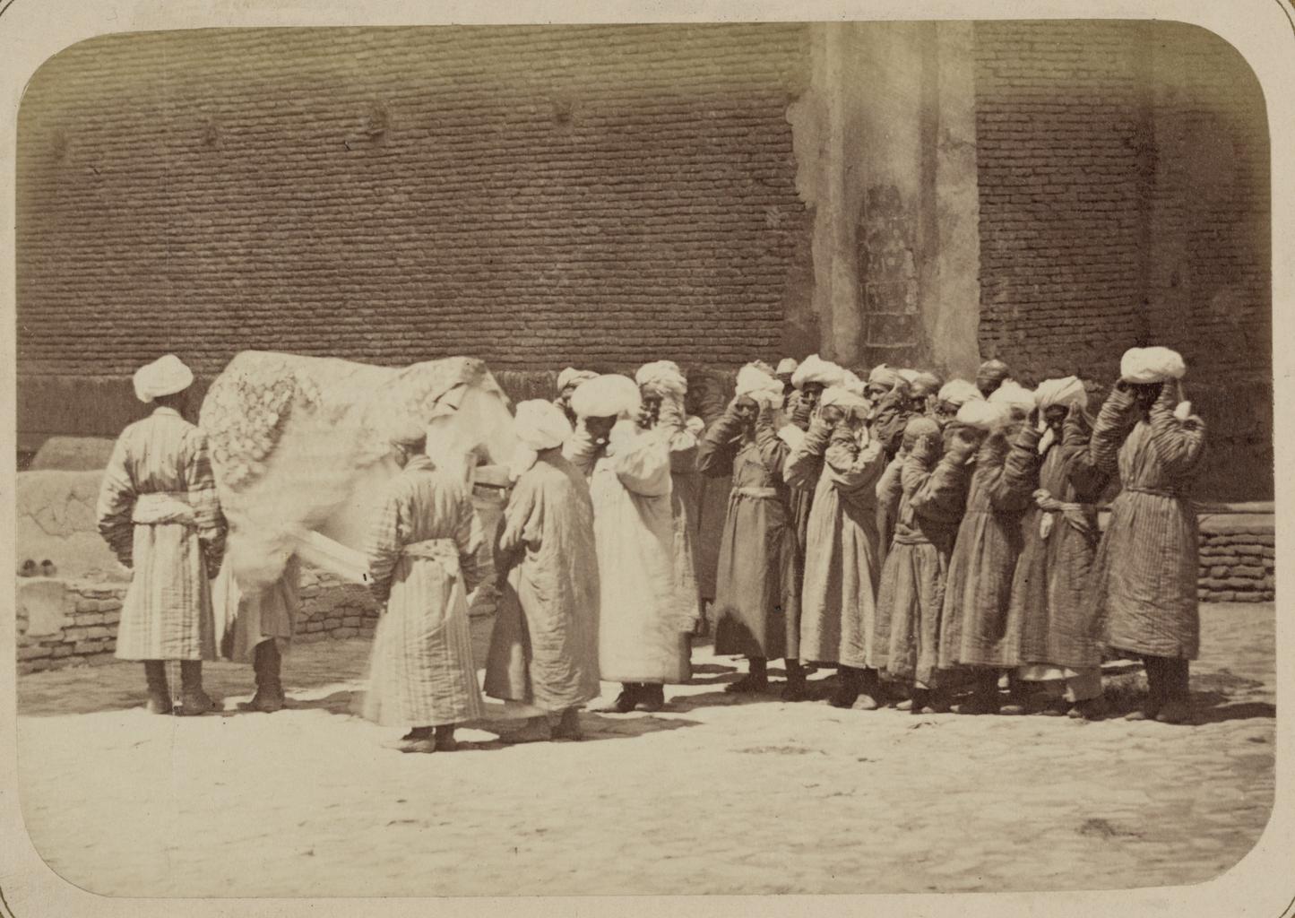 Погребальные обычаи. Таджикские похороны. Процессия