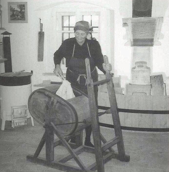 zzalte_Miele Waschmaschine 1928.jpg