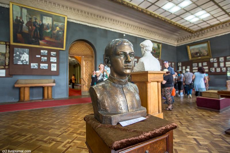 Картинки по запросу музея Сталина гори
