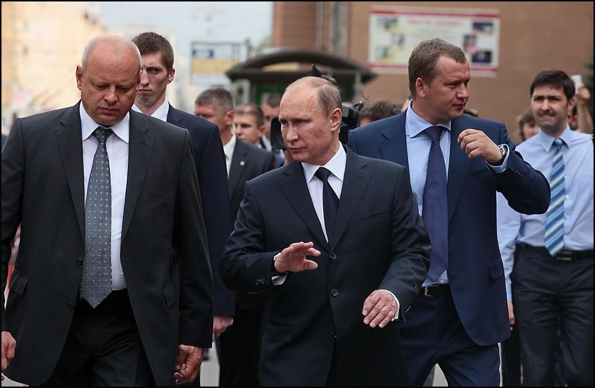 Разоблачаем! Путин и агенты ФСБ?