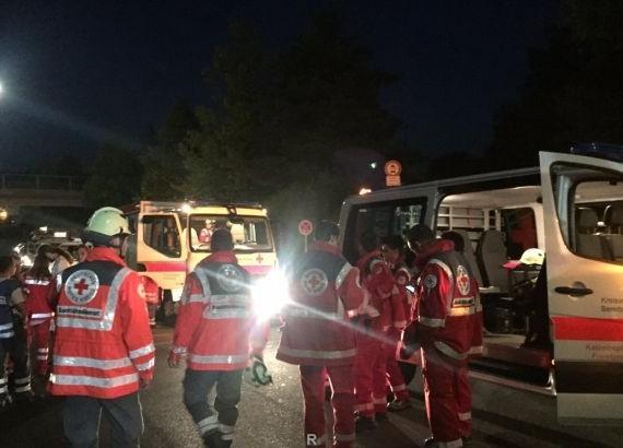 Напавший на пассажиров поезда в Швейцарии поливал их горючей жидкостью