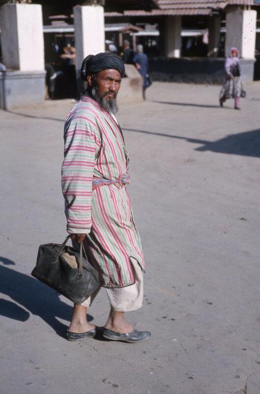 MA25 Samarkand Erevan Kiev Dushanbe Tashkent etc img817.jpg