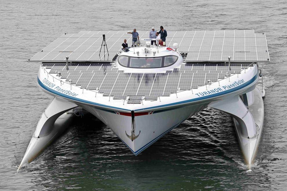 10 млн долларов — столько вложили разработчики в построение этой лодки. Судно может разместить