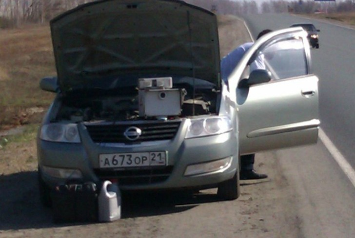 1. Гражданский автомобиль Сотрудники ДПС, которые устроили засаду в обыкновенном автомобиле, под кап