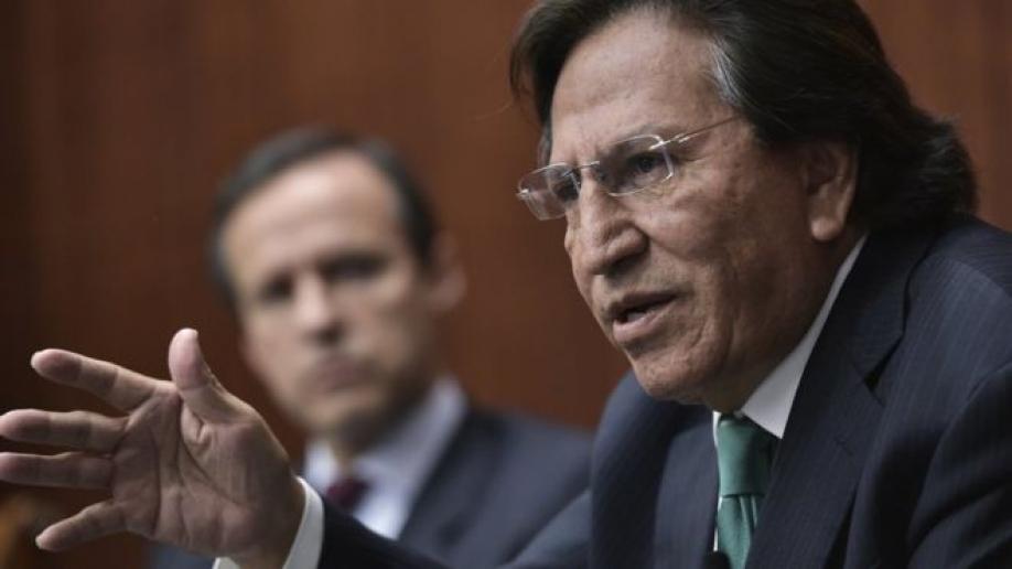 Экс-президента Перу Алехандро Толедо небыло наборту самолета изСан-Франциско