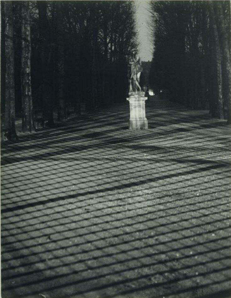1932. Тени от Люксембургских ворот