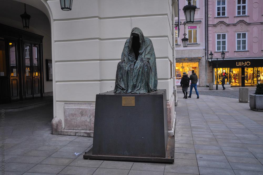 Sculptor-(17).jpg