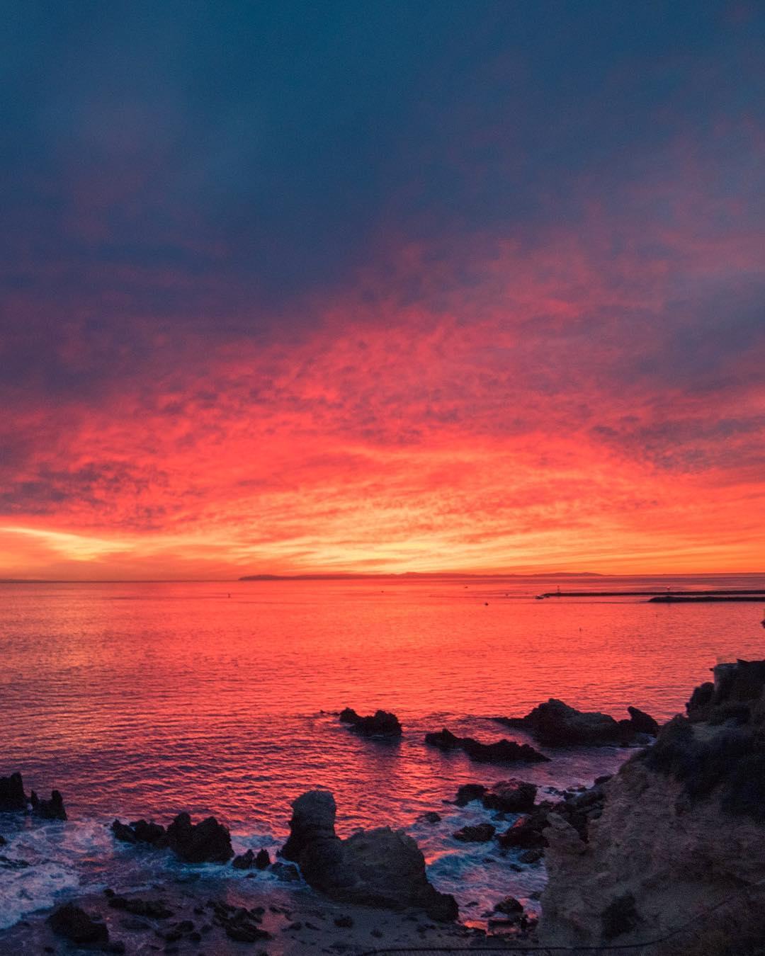 Морские пейзажи и высокие волны на снимках 15-летнего фотографа