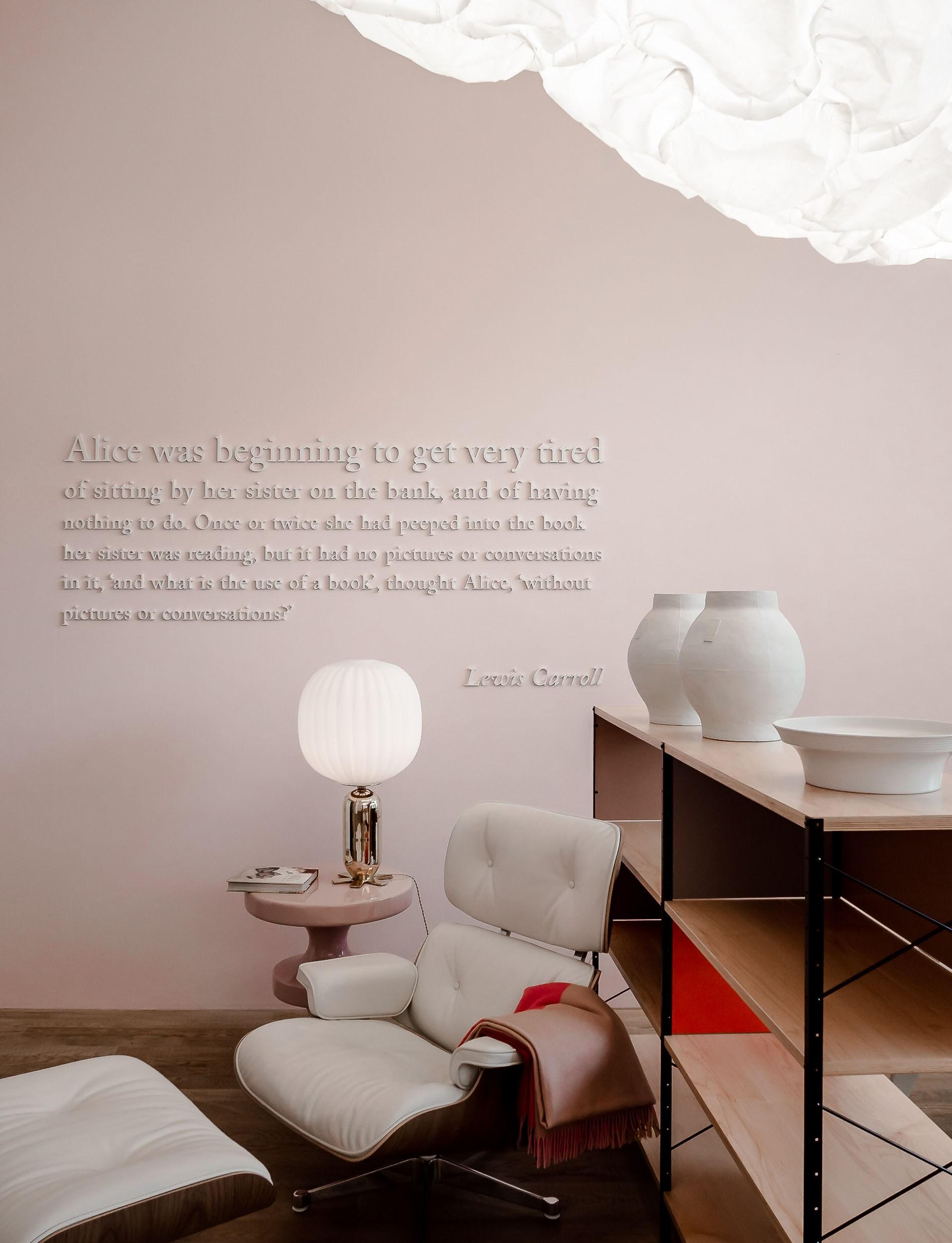 Beautiful Photographies of the Vitrahaus Interiors