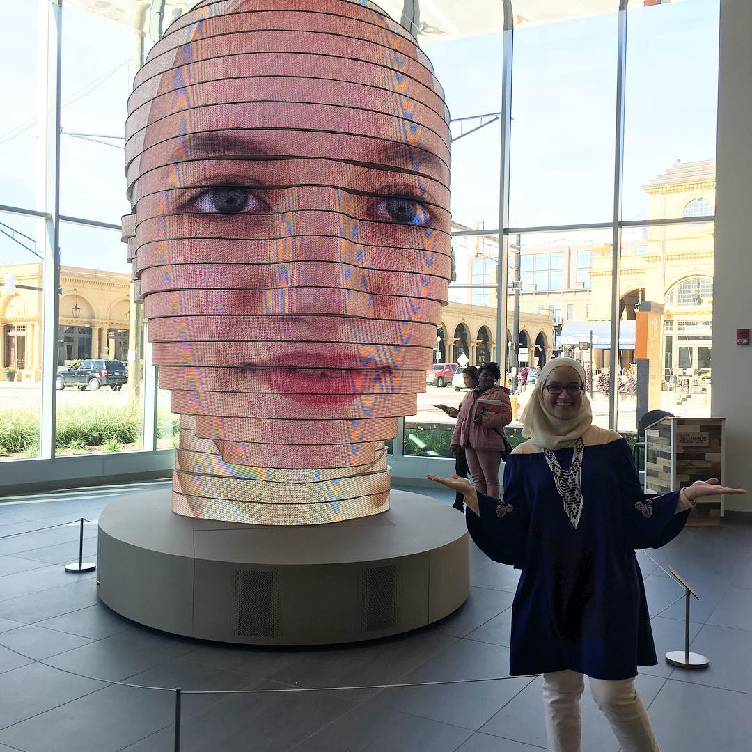 Interactive LED Sculpture Projects Visitors' Faces 14-Feet-Tall in Columbus, OH