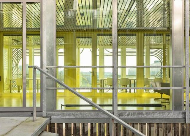 Biotech Business Incubator Architecture