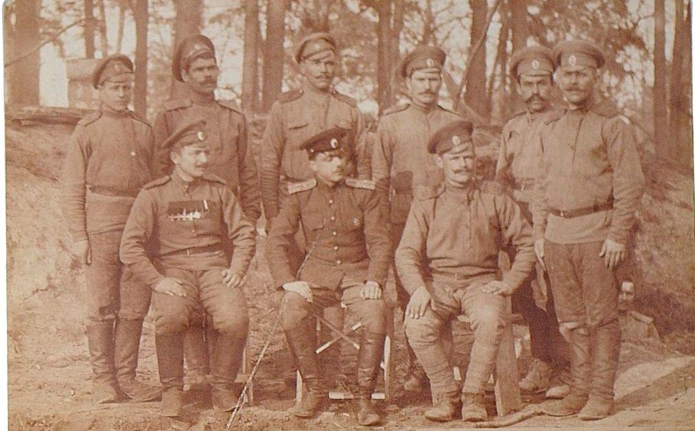 Фото военнослужащих пулеметной команды 78-го пехотного Навагинского генерала Котляревского полка. Неизвестная мастерская, Россия, 1910-е гг.