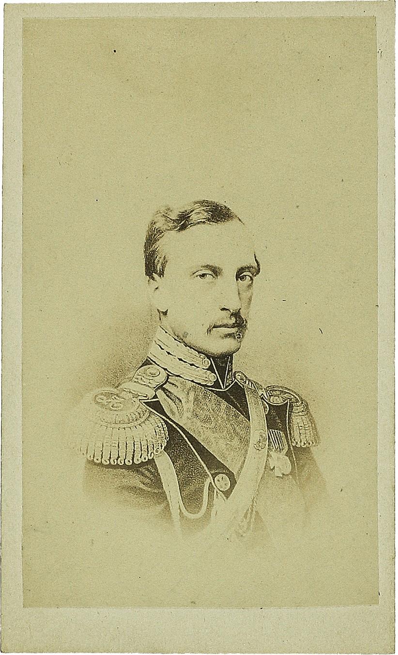 Фото командира Отдельного Гвардейского корпуса Великого Князя Николая Николаевича Старшего. Неизвестная мастерская, Санкт-Петербург, 1860-е