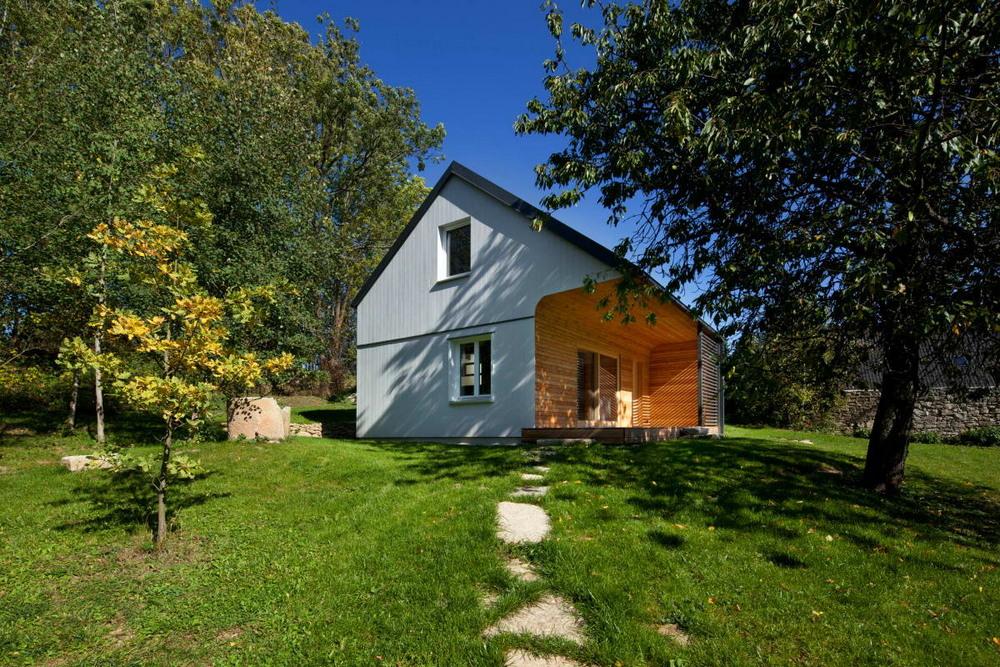 Деревянный дачный домик в Чехии