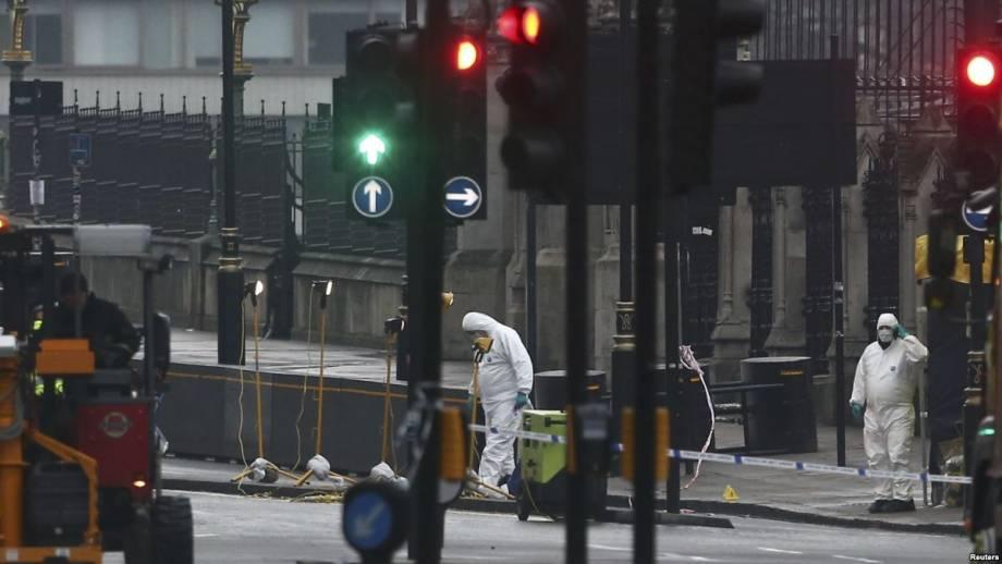 В Бельгии и Великобритании вспоминают жертв террористических атак