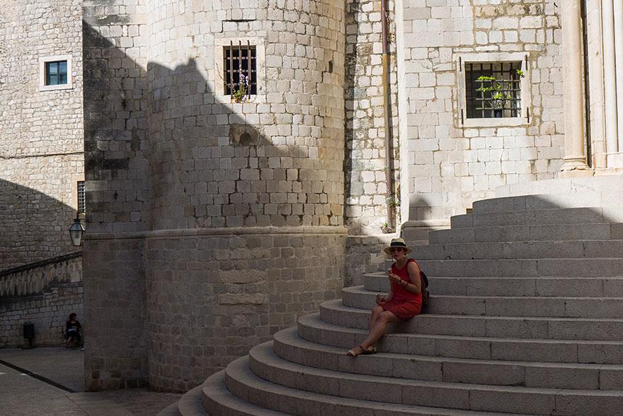 7. Лестница в стиле барокко (Дубровник) и знаменитая сцена пристыжения