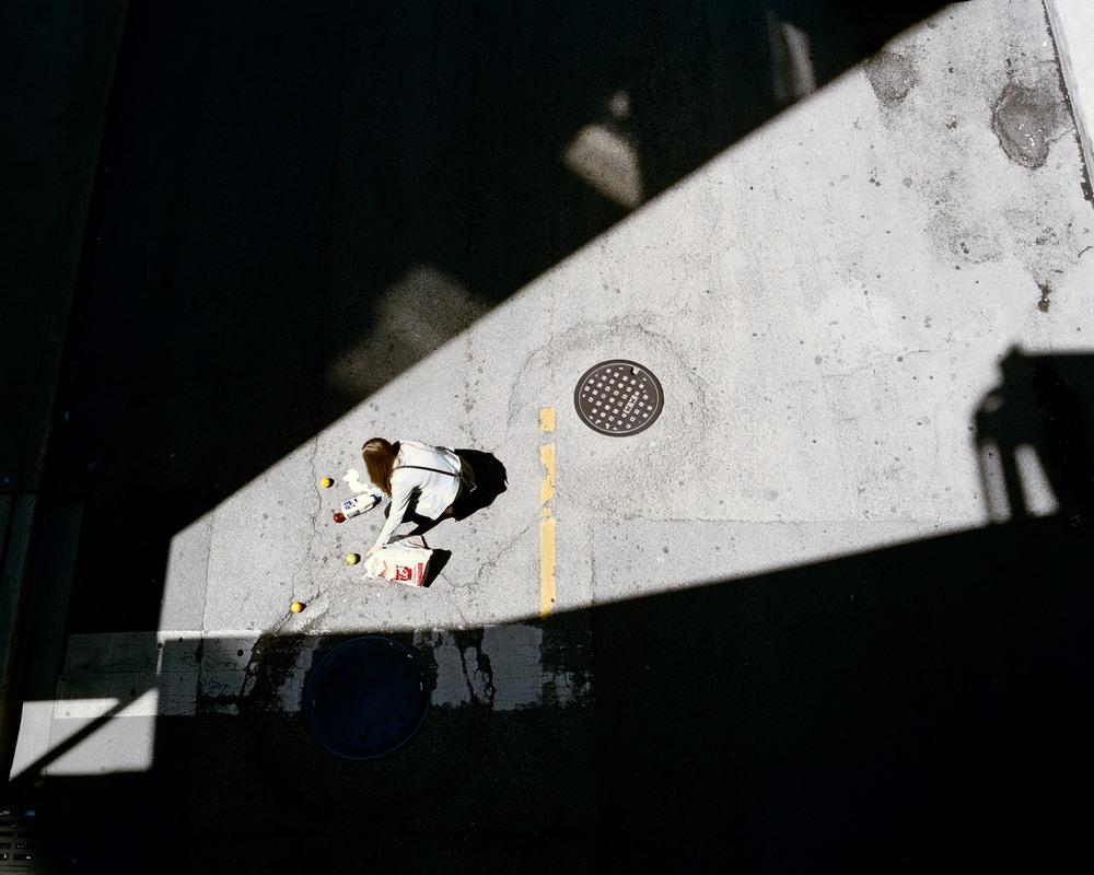 Игра света и тени на городских снимках Клариссы Боне