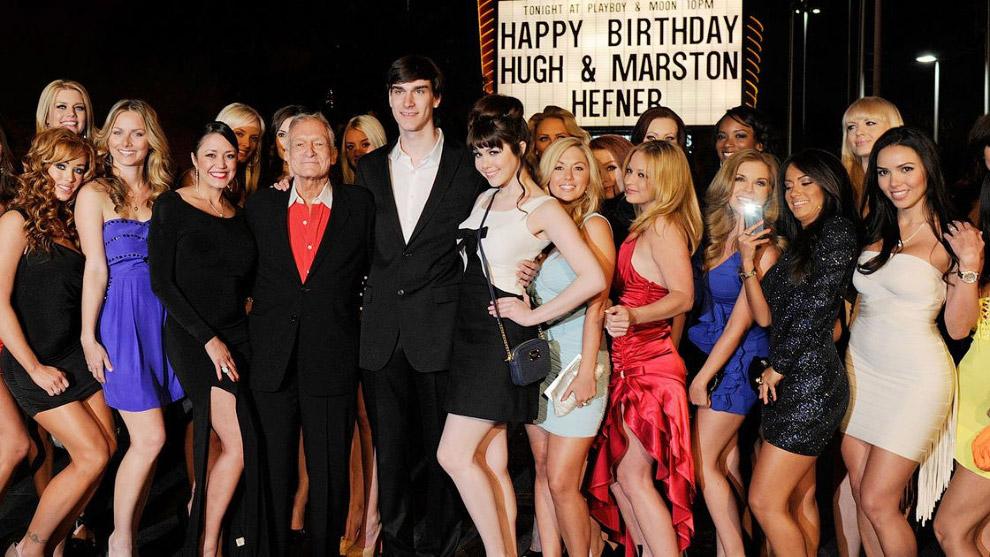 28. В 2012-м Хефнер получил за свои заслуги почетную голливудскую премию Distinguished Service Award