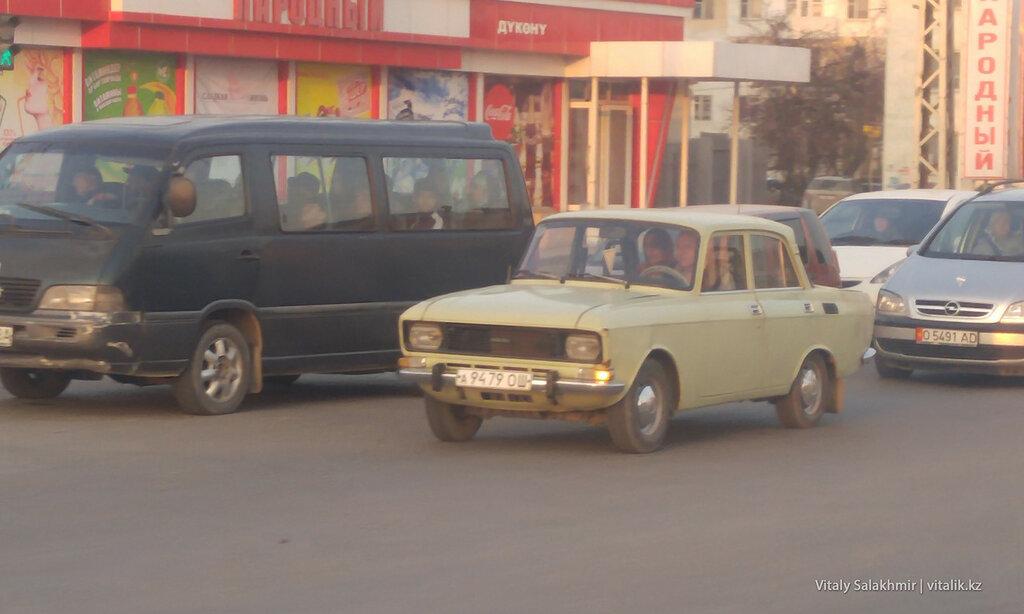 Москвич на советских номерах в Оше