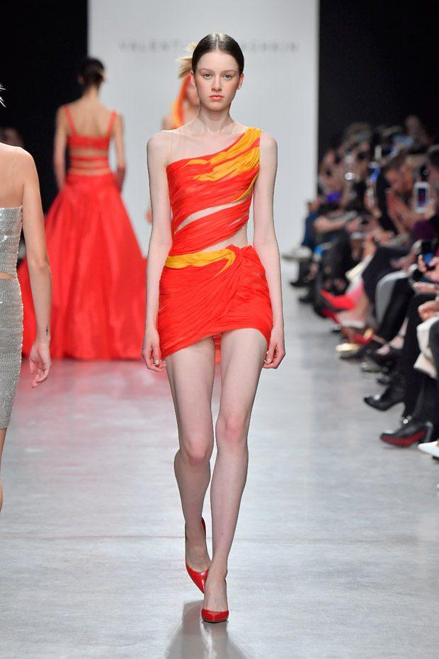 #PFW: Valentin Yudashkin Spring Summer 2018 Womenswear Collection