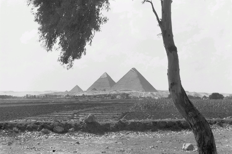 Гиза. Пирамиды Хефрена (Хафры), Хеопса (Хуфу) и Микерина (Менкаура)