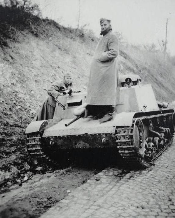 Брошенная 47-мм САУ Škoda T-32 из состава югославской армии.