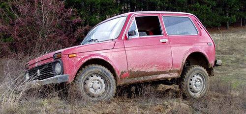 АвтоВАЗ спросил автолюбителей, нужен ли моноприводный внедорожник