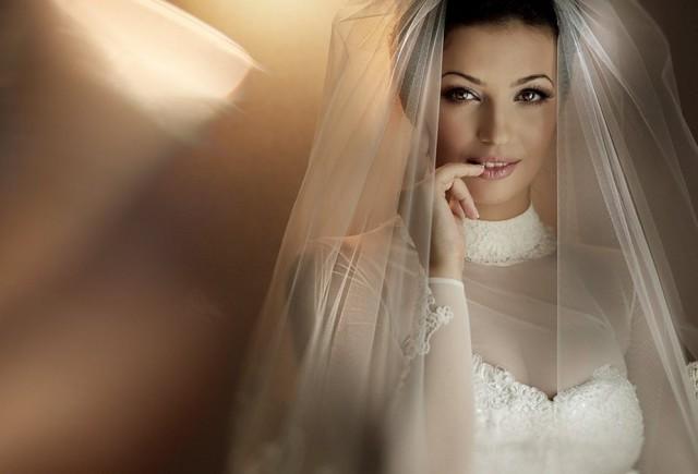 0 171d91 6b6d280 orig Свадебные наряды невесты в разных странах (головной убор)