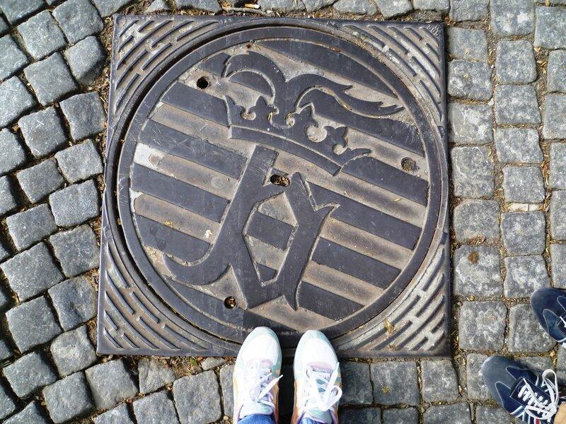Бельгия, Брюгге - люк (Belgium, Bruges – hatch)