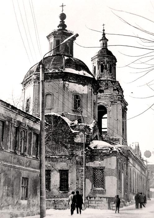 Преображенская церковь Ельца в 1960-е годы