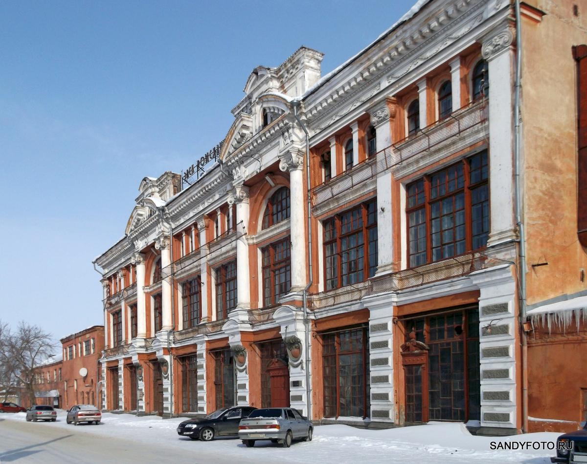 Пассаж братьев Яушевых (Троицкий Электро-Механический Завод)
