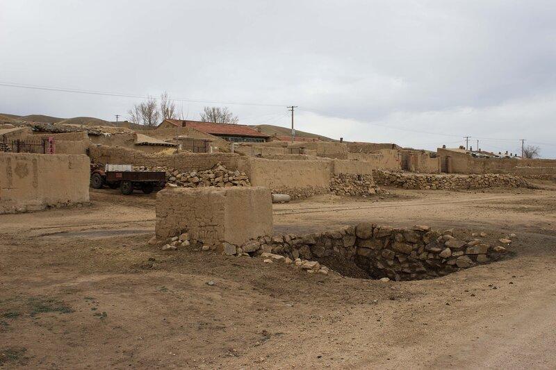 туалет у дороги во Внутренней Монголии, Китай