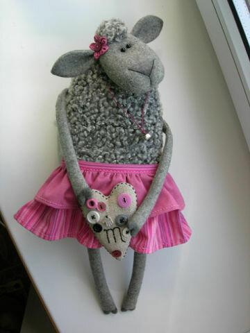 овечка из ткани