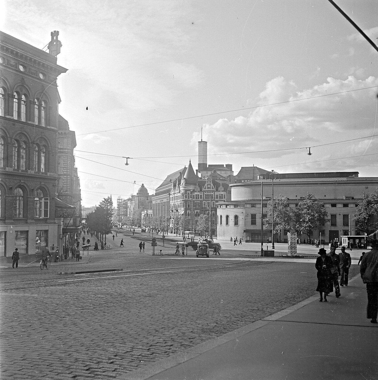1941. 20 июня. Площадь Эроттая, Шведский театр