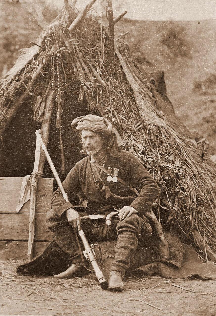 Один из сдавшихся кобулетцов в походном лагере грузинской дружины