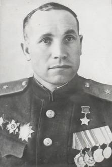 NaumovMikhIvanov-partizan.jpg