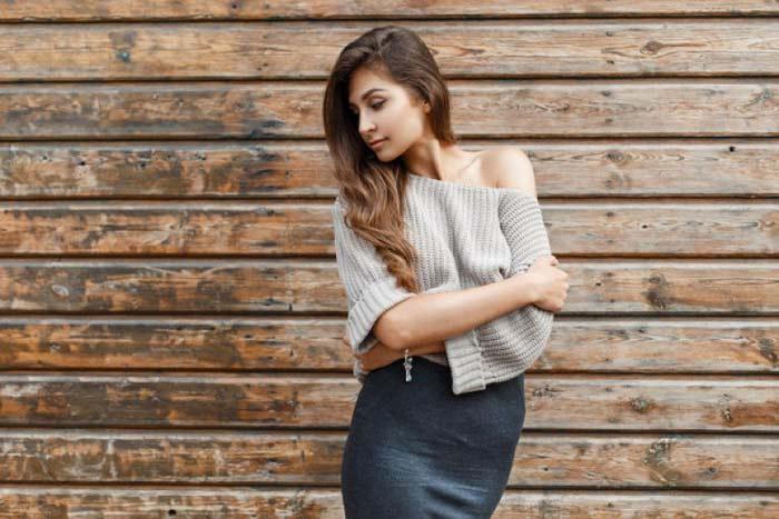 носить серую юбку с шиком