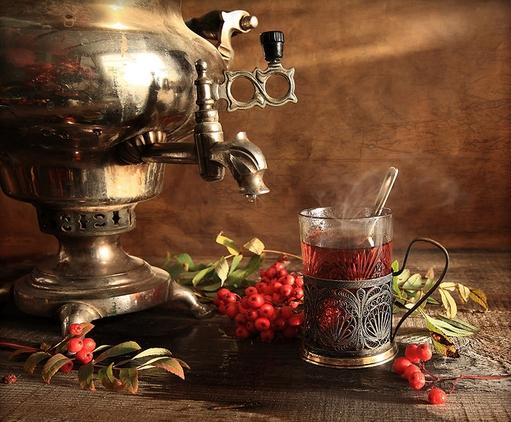 Открытки. Международный день чая. Чай с ягодами
