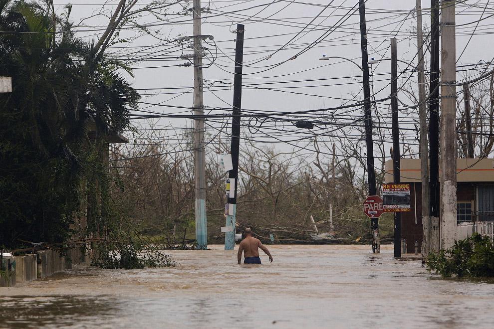 Сан-Хуан — столица и крупнейший город Пуэрто-Рико. (Фото Alex Wroblewski):