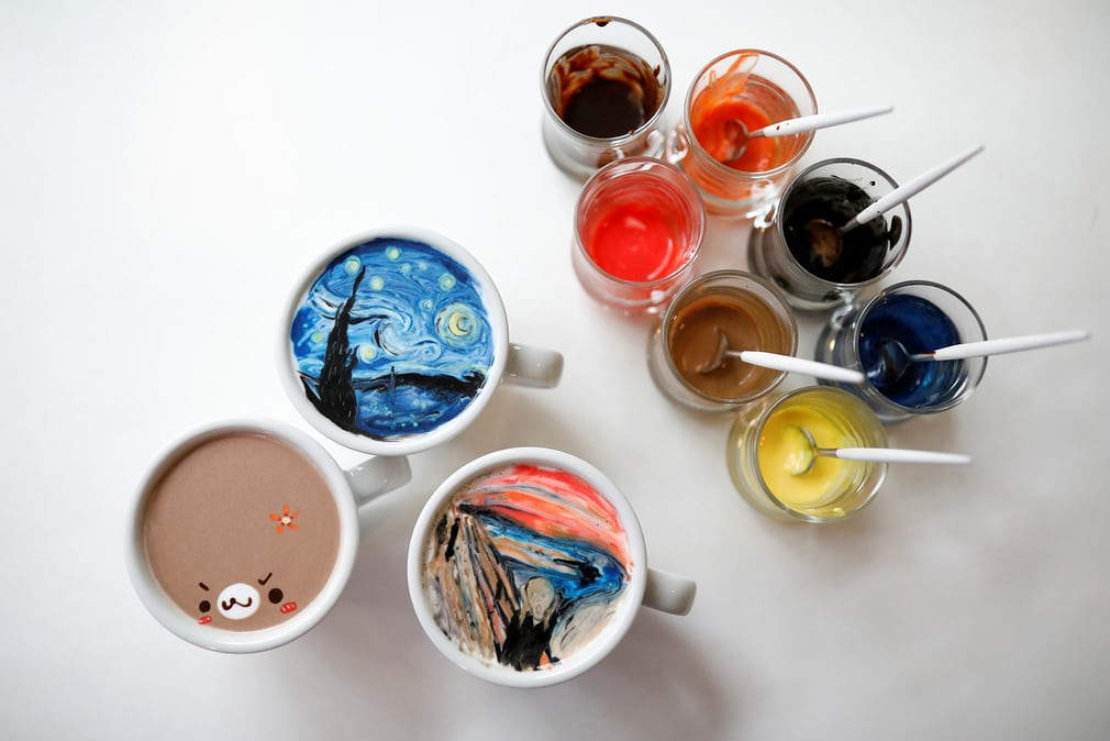 Ли Кан-бинь увлекся кофейным художеством во время службы в армии. Увлечение оказалось настолько силь