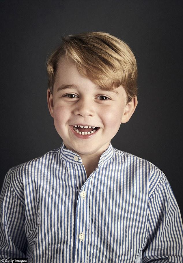 Принц Джордж на фото, сделанном в честь его четырехлетия.