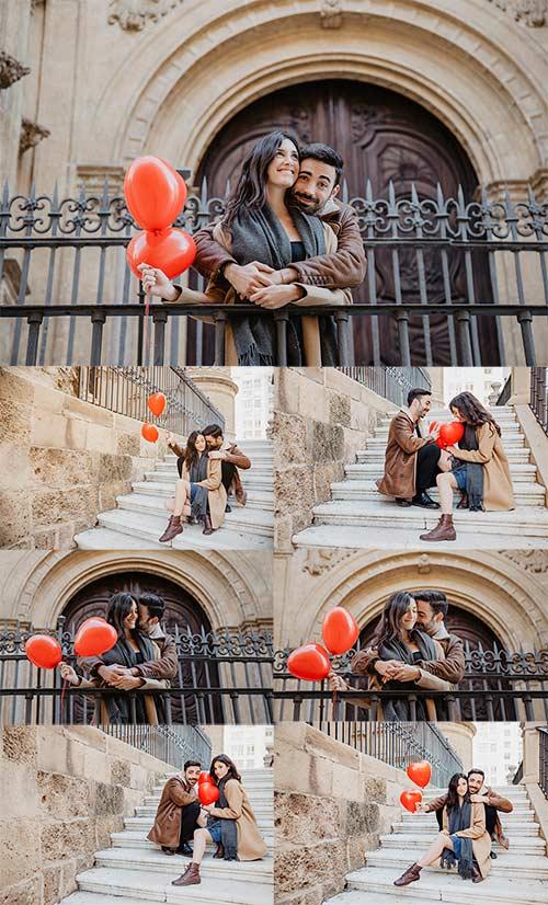 Счастливая пара с воздушными шарами - Клипарт